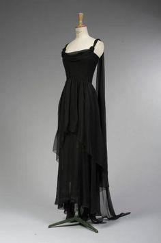 CHANEL par Karl LAGERFELD, haute couture, n°70955, circa 1990 Robe du soir