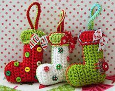 Crochet pattern Christmas booties / sock ornament by VendulkaM / DIY pdf / Deco. Crochet pattern Christmas booties / sock ornament by VendulkaM / DIY pdf / Decoration / Hanger Crochet Christmas Decorations, Christmas Crochet Patterns, Holiday Crochet, Tree Decorations, Crochet Decoration, Noel Christmas, Christmas Crafts, Crochet Motifs, Crochet Tree