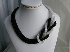 Купить Жгут-дуэт-трансформер - черный, галстук из бисера, вязаный жгут, лариат из бисера