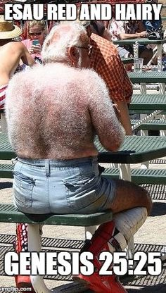 That's How Santa Looks With His Red Suit Off ---- funny pictures hilarious jokes meme humor walmart fails --- Dude looks like a Yetti! Funny People Pictures, Funny Photos, Strange Pictures, Awkward Photos, Hilarious Pictures, Mode Bizarre, Laughing Funny, People Of Walmart, Red Suit