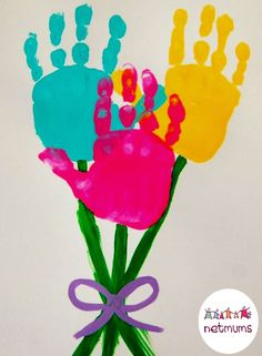 Run out of entertainment ideas this Easter Holiday? Beat boredom by cracking open the arts and crafts kit and get the kids making their very own Easter cards. Stuck for ideas? These fun designs will inspire you ...