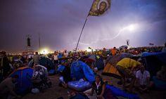 Storm cuts short pope's speech in Spain