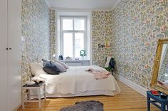 Simply Hue: I COULD LIVE HERE - AN ECLECTIC HOME