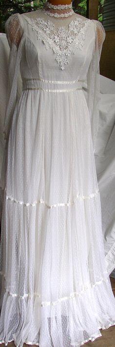 Gunne Sax dresses - Oh my goodness...I wore this exact same dress to ...