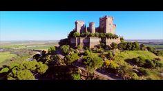 """Castillo de Almodóvar del Río (Hisnu-l-mudawar; """"the round castle"""") is a castle of Muslim origin in the town of Almodóvar del Río, Province of…"""