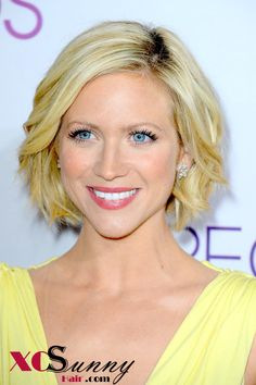 2013 Spring and Summer Haircut Trends This is why I'm growing mine out - such cute ideas !