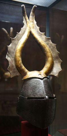 A helmet from the High Medieval Period went by many names – the Great Helm or Heaume, also called Barrel Helm, Bucket Helm, and Pot Helm. It is a helmet Helmet Armor, Arm Armor, Body Armor, Medieval Knight, Medieval Armor, Medieval Fantasy, Kunsthistorisches Museum Wien, Samurai, Ancient Armor