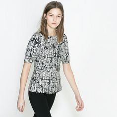 """Zara Top Blk/white elbow sleeve printed belted top. Cotton/poly. Length: 25 1/2"""" Bust: 32 1/2"""" Zara Tops"""