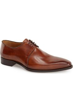 Free shipping and returns on Carlos Santos 'Marcos' Derby (Men) at Nordstrom.com. An apron-toe silhouette defines a glossy leather derby expertly crafted by smoothly fusing the upper and sole for comfort and style.