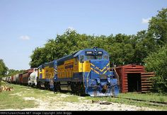 FWWR 2006   Description:    Photo Date:  8/1/2004  Location:  Dublin, TX   Author:  John Briggs  Categories:    Locomotives:  FWWR 2006(GP38-3)