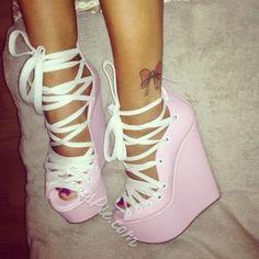 Shoespie Sandales compensées doux rose couleur lacent
