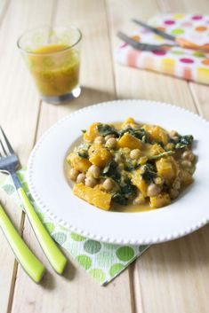 Curry de courge butternut aux pois chiches et épinards - Marie-Laure Tombini.