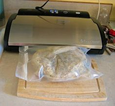 A very exhaustive, informative article. FoodSaver/Vacuum Packing Tips