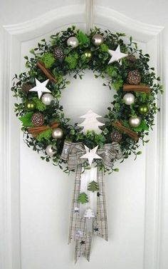 Christmas wreath white door wreath white winter wreath deco wreath Christmas wall decor - All About Decoration Noel Christmas, Rustic Christmas, Christmas Crafts, Christmas Candles, Nordic Christmas, Outdoor Christmas, Deco Wreaths, Holiday Wreaths, Advent Wreaths