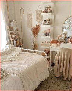 Room Ideas Bedroom, Home Decor Bedroom, Bedroom Inspo, Decor Room, Teen Bedroom, Bedroom Designs, Aesthetic Room Decor, Cozy Room, Dream Rooms