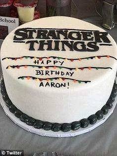 Millie Bobby Brown supports young boy's Stranger Things party ) ) All out: The party included a Stranger Things-themed cake as well as a glass jar of 'Demogorgon blood' Stranger Things Theme, Stranger Things Halloween, Stranger Things Aesthetic, Cast Stranger Things, Stranger Things Netflix, 13th Birthday Parties, My Birthday Cake, 17 Birthday, Millie Bobby Brown