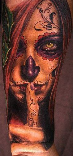 I have always been fascinated with Day of the Dead tattoos and this one is just awesome. Too bad I'm poor haha