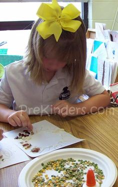 Plants and seeds art activities for Preschool and Pre-K using simple, inexpensive materials. These activities go well with a Plants and Seeds Theme. Seeds Preschool, Preschool Garden, Preschool Art, Seed Activities For Kids, Science For Kids, The Tiny Seed, Spring Theme, Kindergarten Art, Planting Seeds