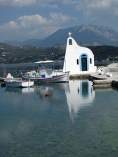 Chapel in the Lake Heraion (Vouliagmeni) near Loutraki town, Corinth refecture, Greece Beautiful Places To Visit, Cool Places To Visit, Places To Travel, Mykonos, Places In Greece, Ocean Pictures, Famous Places, Place Of Worship, Kirchen