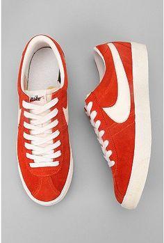 Nike Bruin Vintage Sneaker $95.00