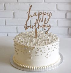 Fairy cake recipe with sprinkle fairy dust filling for a magical celebration. 19th Birthday Cakes, 17 Birthday Cake, Adult Birthday Cakes, Birthday Cakes For Women, Birthday Cake Decorating, Birthday Cake Designs, Birthday Desserts, Buttercream Cake Designs, Fancy Cakes