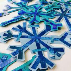 Snowflakes! Symmetry and Radial design. These were a blast to create. #kidsartwork #artclass #artteacher #arteducation #arted #mathandart #steam #teachers #middleschoolart #scienceandart #iteachart #iteachtoo #kidscreate