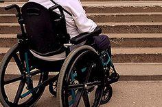 Cuatro de cada diez personas con alzhéimer se enfrentan a diario a barreras arquitectónicas
