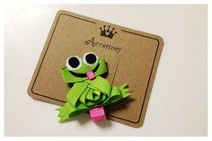 Frog Hair Bow - Green Frog Hair Clip - Frog Ribbon Sculpture - Animal Hair Clip . Free Ship Promo