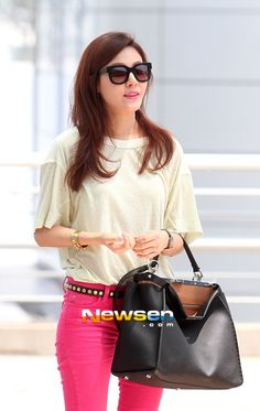 Today!! Kim Ha Neul's fashion in airport! « K-STARS Fan Club #kstars