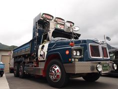 Nissan Diesel TW50 LD Decoration Truck