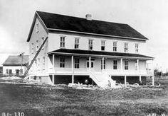Barrack and Office Building, Roberval---La maison des Terres et Forêts qui servit de résidence aux aviateurs,  au nord de la rivière Ouiatchouanish.