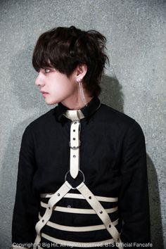Jungkook (shy problems) BTS smuts - ~Taehyung(seduced)~ - Page 3 - Wattpad Bts Taehyung, Namjoon, Bts Bangtan Boy, Hoseok, Taehyung Gucci, Bts Jimin, Daegu, Taekook, K Pop