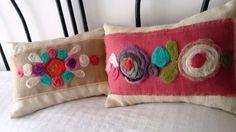 Resultado de imagen para bordados con lanas Bed Pillows, Cushions, Boho Diy, Patch, Fabric Crafts, Pillow Cases, Diy And Crafts, Textiles, Colours
