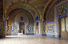 Photo d'art Castle of Sammezzano - Artiste Roman Robroek - ArtPhotoLimited Monuments, Photo D Art, Textures Patterns, Florence, Barcelona Cathedral, Taj Mahal, Castle, Europe, Display