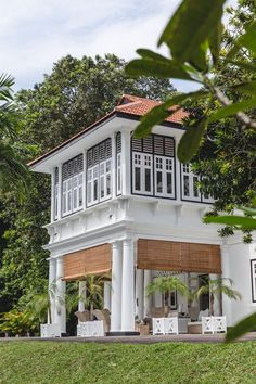 British Colonial West Indies Style Home British Colonial Decor, French Colonial, Colonial Style House, Colonial Mansion, Colonial Exterior, Modern Exterior, Plantation Homes, Philippine Architecture, West Indies Style