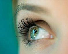 Anti-Aging: Jünger aussehen mit diesen 15 Make-up-Tricks - BRIGITTE