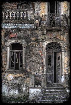 The time consume himself, leaving decaying abandonment and ashes by Rui Almeida., via Flickr