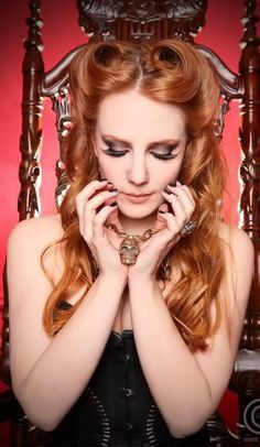 Picture of Simone Simmons of Epica