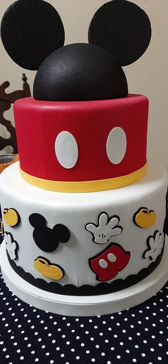 Mickey Mouse Desserts, Bolo Do Mickey Mouse, Mickey Mouse Cake Topper, Mickey Mouse Birthday Decorations, Mickey Mouse Crafts, Mickey 1st Birthdays, Fiesta Mickey Mouse, Theme Mickey, Mickey Mouse Clubhouse Birthday Party
