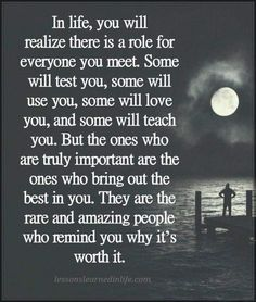 Read these super inspiring best friendship quotes, Top Friendship sayings and smile quotes Inspirational Wisdom Quotes, Inspiring Quotes About Life, Meaningful Quotes, True Quotes, Great Quotes, Words Quotes, Positive Quotes, Motivational Quotes, Thank You Quotes
