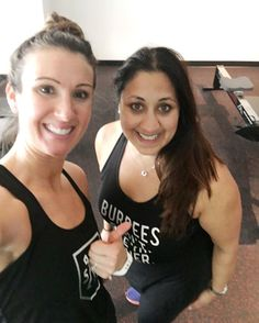 ROW ROW ROW  #sweatyselfie with @egdolph at new Toronto fitness studio @scullhouse which was amazing. Rowing is a full body workout yet still low impact and burns masses of calories. Absolutely loved this class and wish we had a rowing studio in London. I've been totally stalking @cityrow in NYC for months so pretty psyched to try this workout! #healthyliving #healthybalance #workout #rowing #rowingclub #torontolife #torontofitness #wellbeing #fatloss #fitat40 #fitfoodie #fitnessblogger…