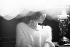 モノクロ『RAIN』☂ テヨン - Taeyeon Candy News ☺ Snsd                                                                                                                                                      もっと見る