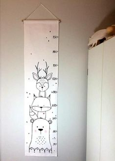 Screen animals gauge scale fabric ruler growth chart home decor baby Matthew Boy Room, Kids Room, Baby Clothes Dividers, Drawer Labels, Growth Chart Ruler, Growth Charts, Fabric Growth Chart, Woodland Animal Nursery, Baby Nursery Diy