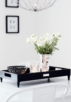 Styling Tips: 5 Simple Items to Use in Any Space--tray with little tiny feet--so cute!