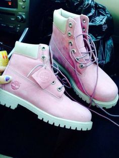 shoes timberlands boots pink pastel, where to buy them?
