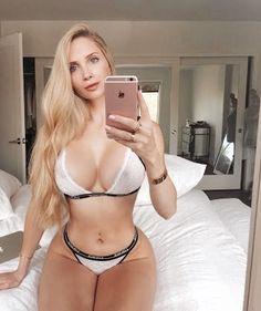 146 Best Amanda Lee Images In 2019 Amanda Lee Curves Beautiful Women