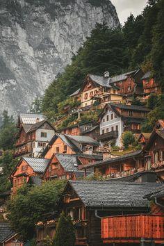 The small town of Hallstatt, Austria - Cozy & Comfy