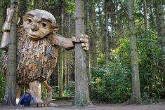 Γίγαντες από ξύλο στα δάση της Κοπεγχάγης