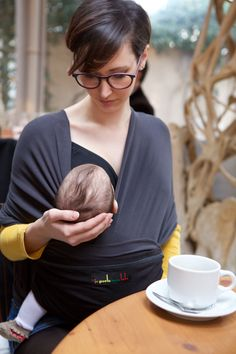 The Original babywrap - color Black   Charcoal grey - hands free  breastfeeding - Amélie   25c31da6095