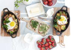 Herzhaftes Bauernfrühstück mit Spiegelei und Bratkartoffeln
